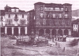 Plaza 1875