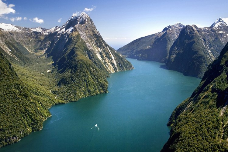 Holiday Activities in New Zealand - find things to do this summer