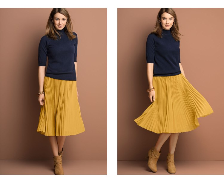 Cute cashmere paired with a cute pleat skirt