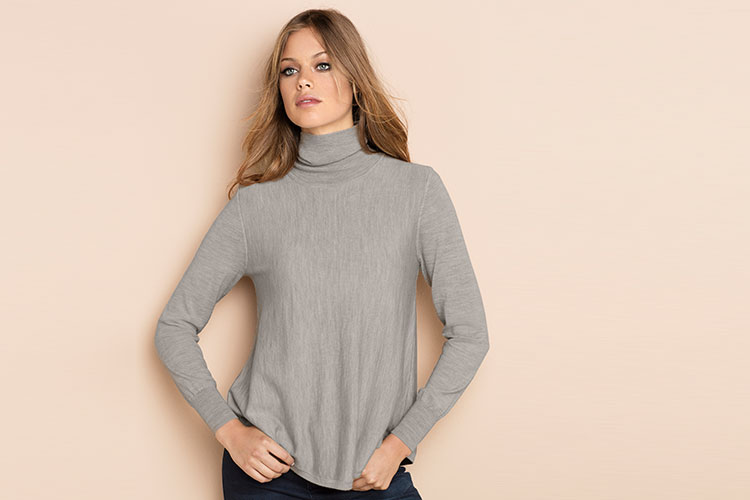 Pair this piece with jeans, boots and a fur trim parka for an on trend street look.