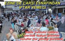 Ezine'de çarşı esnafından iftar yemeği