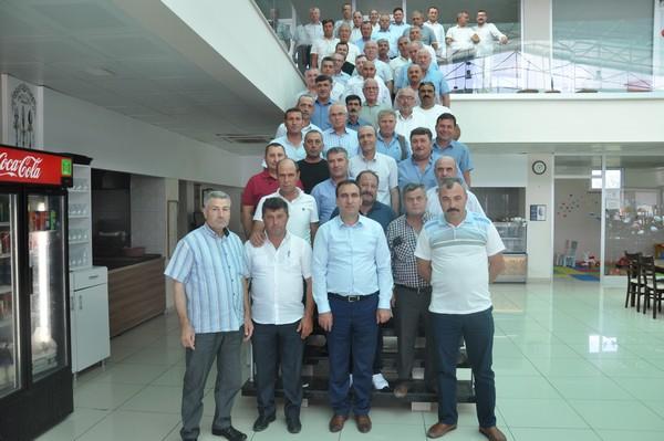 Ezine'de Muhtarlar Derneğinden Kaymakam Tuna'ya veda kahvaltısı