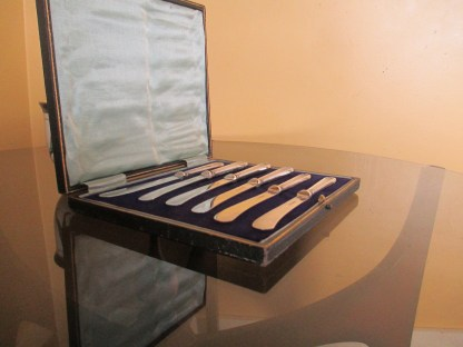 antique Sterling silver handled boxed knives 1910
