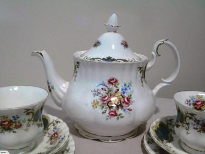 royal albert berkeley tea pot