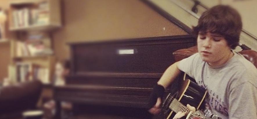 Ezra Henderson - Singer/Songwriter