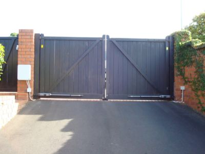 Residential - Wooden Gates - 4