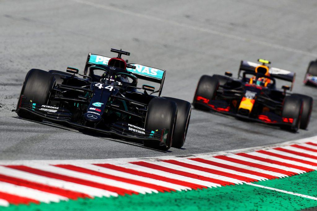 'Gloves are off' in Mercedes VS Red Bull battle