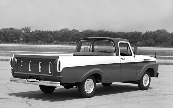 Imahe: 1961 Ford F-100