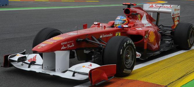 Alonso rodando en los Libres 2 de Valencia
