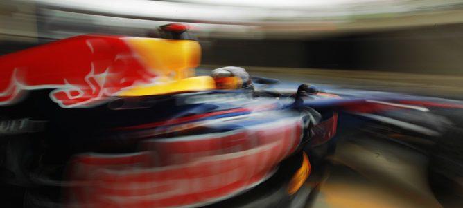 Vettel rodando en los Libres 3 de Silverstone