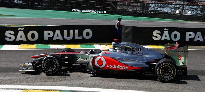 Hamilton rodando en los Libres 2 de Brasil