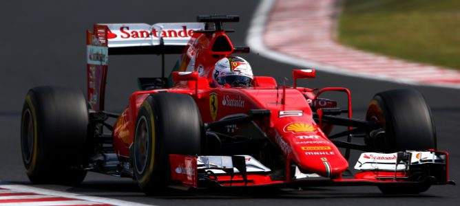 Vettel gana en un podio sin Mercedes