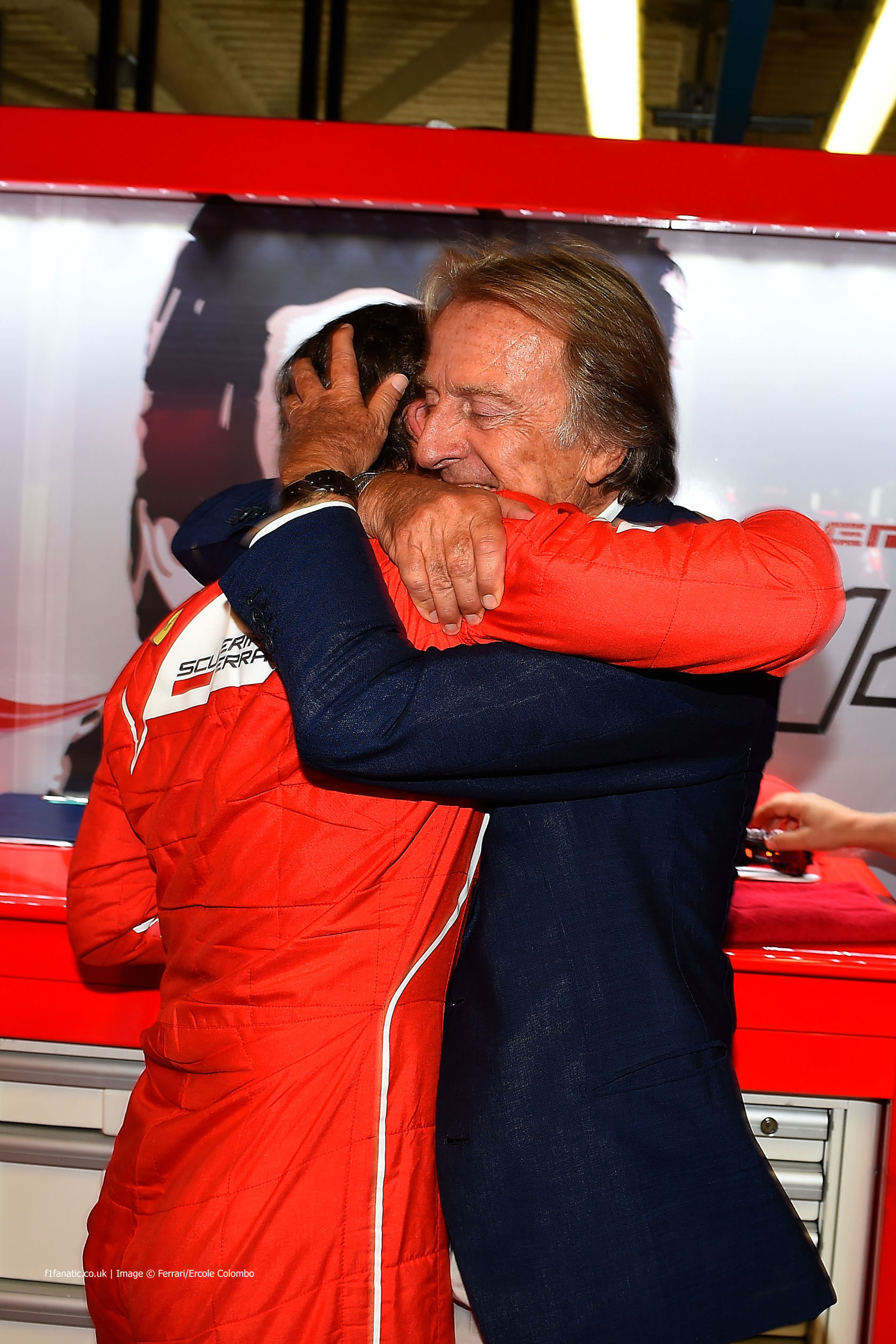 Alonso and Di Montezemolo embracing at the 2014 Italian GP
