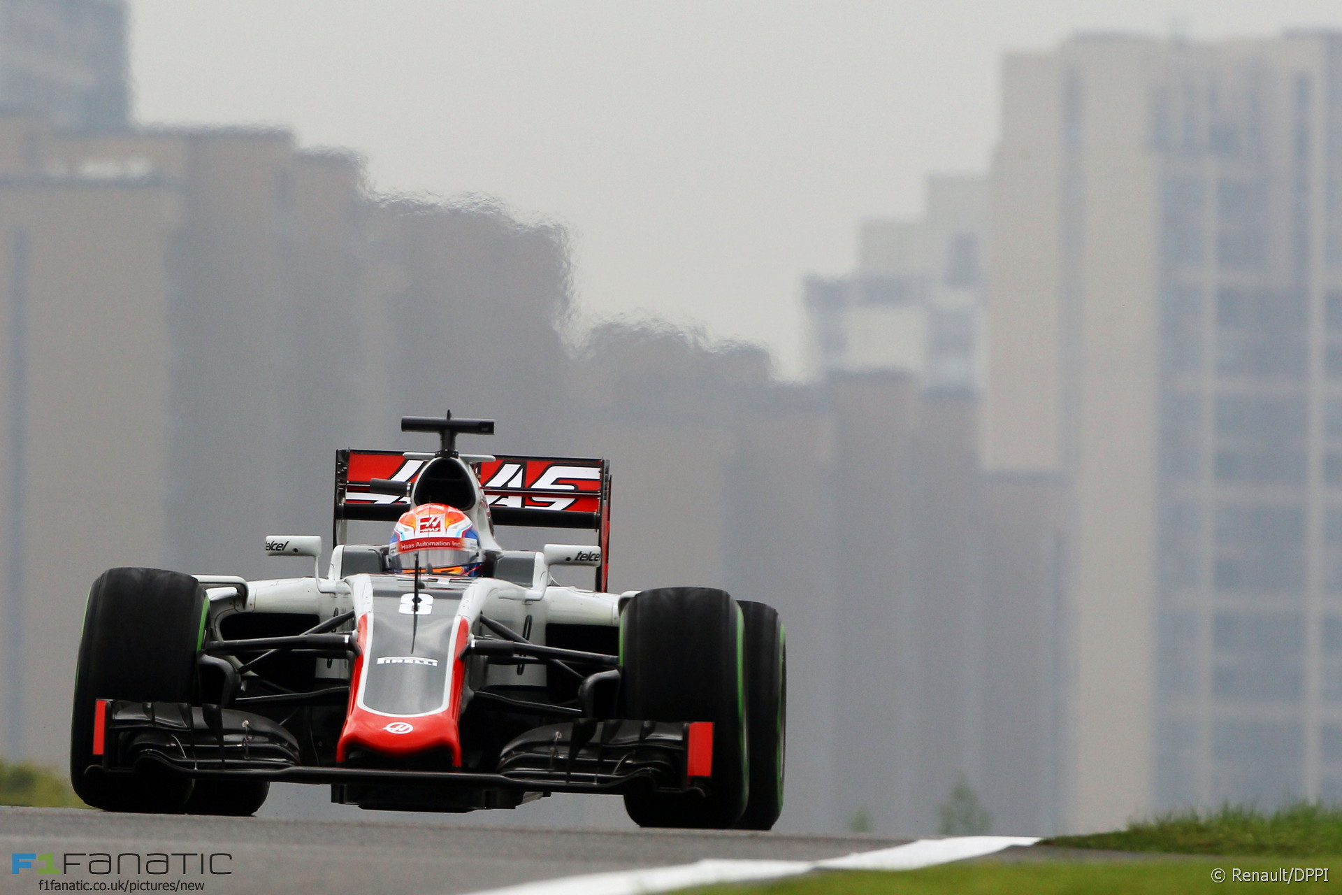 Romain Grosjean, Haas, Shanghai International Circuit, 2016