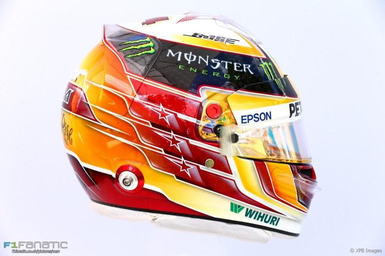 Lewis Hamilton helmet, Mercedes, 2017 · F1 Fanatic