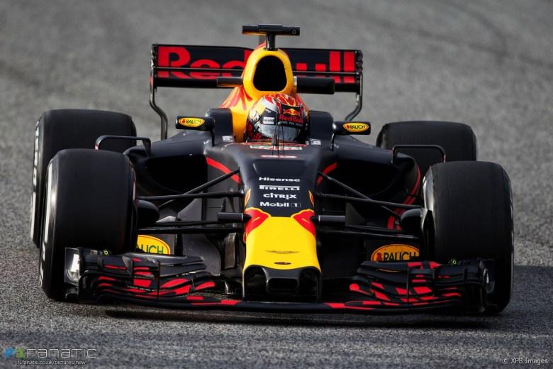 Max Verstappen, Red Bull, Circuit de Catalunya, 2017 · F1 Fanatic