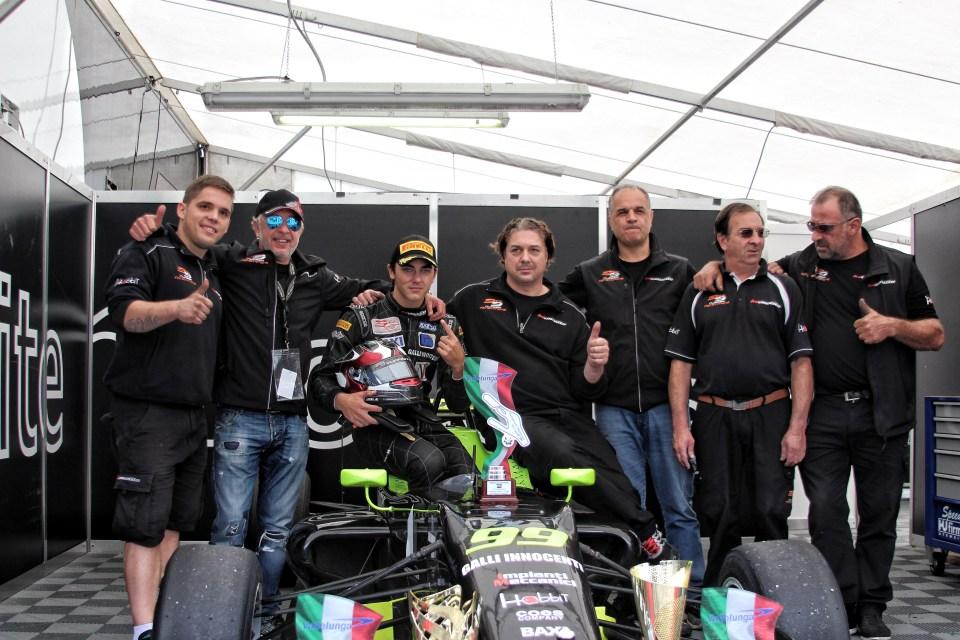 Monolite Racing Team ©Angelique Belokopytov