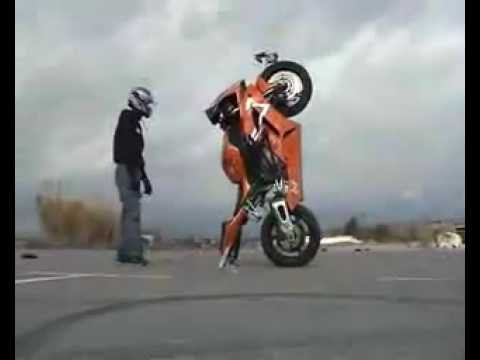 Street Bike Stunts.3 – HONDA CBR 1000RR in 2012!