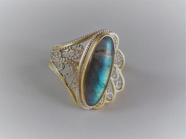 18k Yellow Gold and Sterling Silver Labradorite Filigree Ring