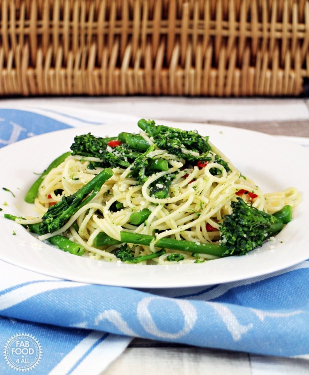 Tenderstem Brocolli with Chilli and Galic Spaghetti