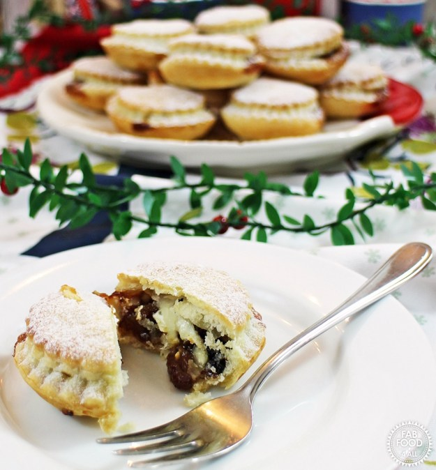 Cheat's Mince Pies with a Secret Twist - Fab Food 4 All