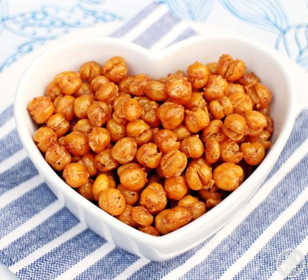 Smokey Maple Roasted Chickpeas - ActiFry Recipe, vegan & gluten free! Fab Food 4 All