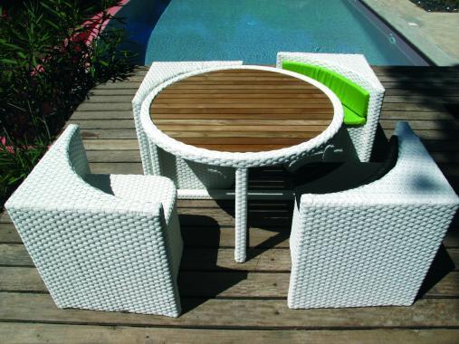 salon de jardin petit espace quattro gain de place 4 places aluminium resine tressee fauteuil emboitable coussin table basse