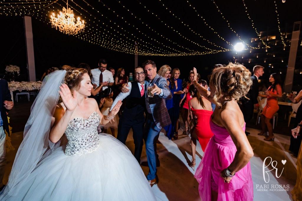 Los Cabos wedding party