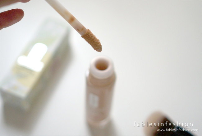 clinique-beyond-perfecting-foundation-concealer-02