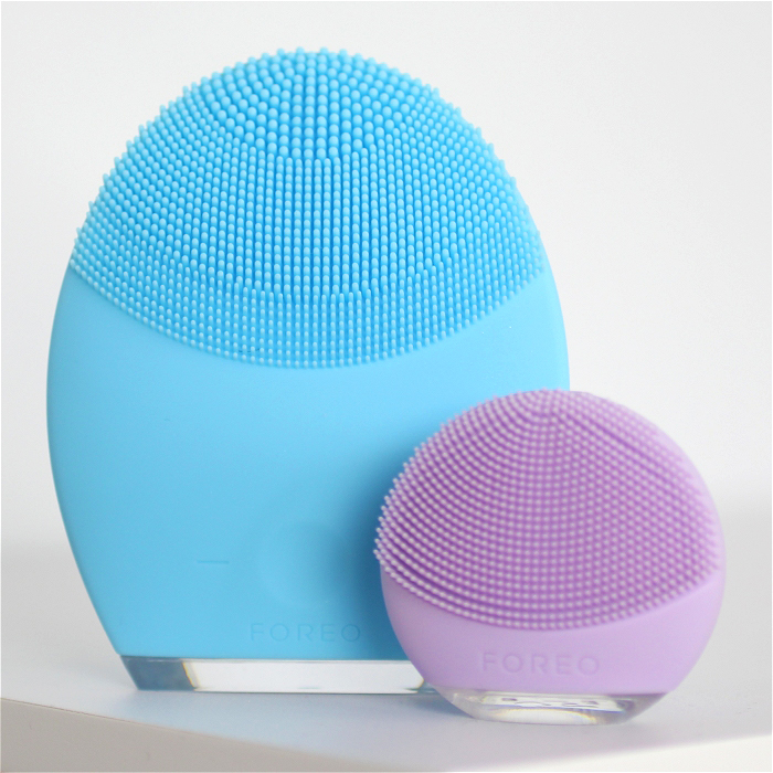 Clarisonic vs Foreo ~ Battle of the Cleansing Devices!