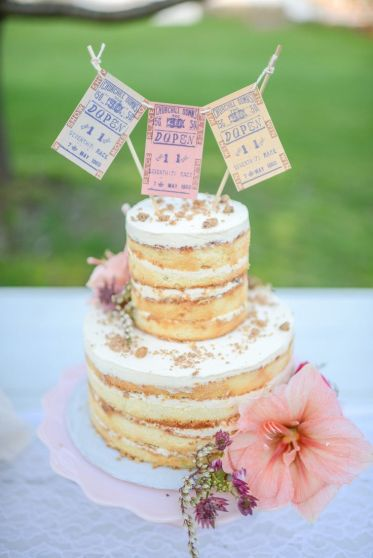 simple sponge wedding cake
