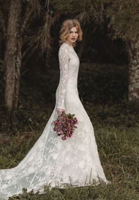 wedding dresses Archives 6   Fab Mood   Wedding Colours  Wedding     11 long sleeved wedding gowns