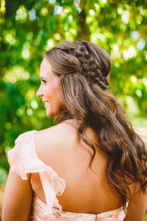 bridesmaids hair with a braid - A Cozy Autumn Wedding in The Peach Orchard | Photography : marymargaretsmith.com | https://www.fabmood.com/a-cozy-fall-wedding-in-the-peach-orchard #peach #fallwedding