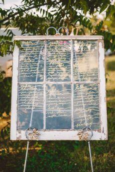 A Cozy Fall Wedding Sign in The Peach Orchard | Photography : marymargaretsmith.com | https://www.fabmood.com/a-cozy-fall-wedding-in-the-peach-orchard #peach #fallwedding