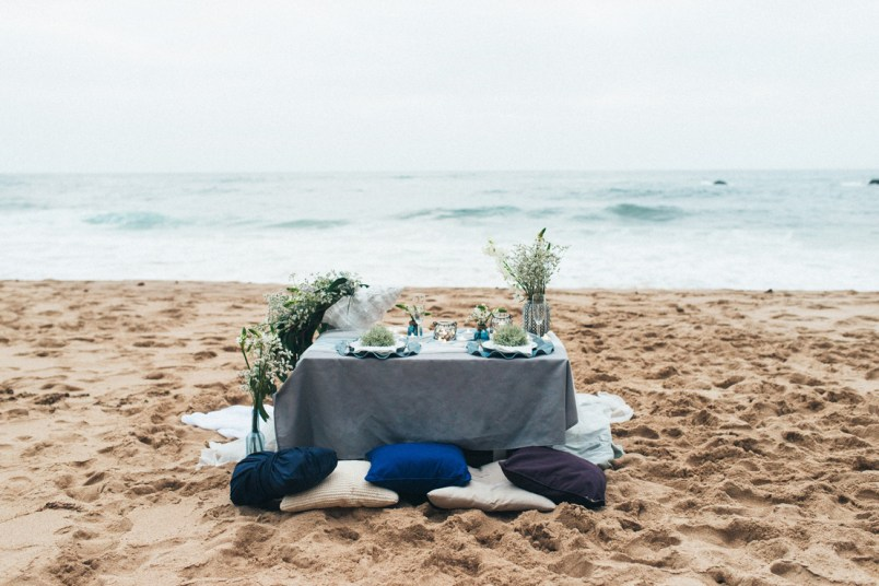 Ocean blue and shades of gray colour scheme | Organic + Ethereal Beachside Wedding Inspiration | Photography : pshefter.com | Read more #weddinginspiration on fabmood.com