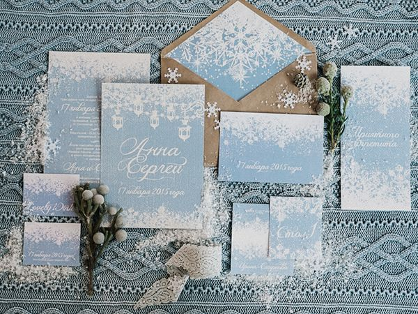 Light Blue Winter Wedding Read more Real Winter Weddings | fabmood.com #winterwedding