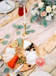 wedding food ideas   Cozy and Intimate Rustic Wedding   Photography : yuriyatel.com   read more: fabmood.com