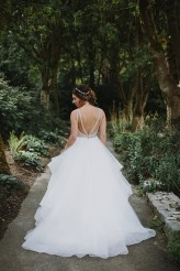 Dori by Hayley Paige in platinum | Bride wore flounced wedding gown | Fab Mood #hayleypaige #weddingdress