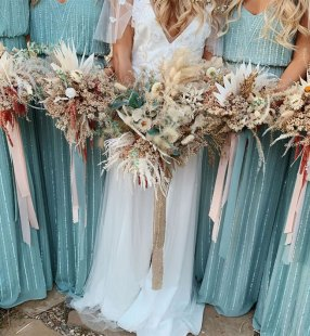 pantone 2020, bridesmaid dresses