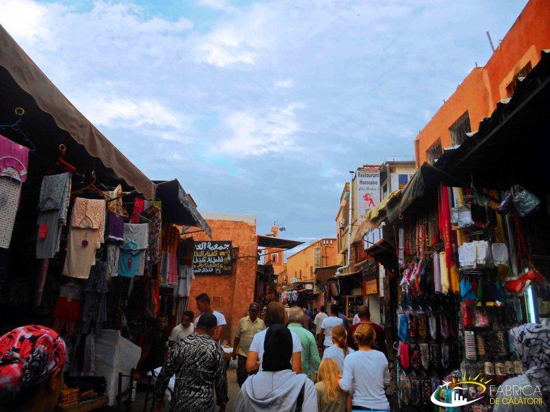 Bazarul din Marrakech