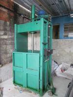 Projeto Solicitado [30 de outubro de 2013] – Prensa enfardadeira para reciclável