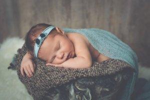 Bébé bandeau vert