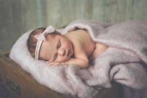 Bébé bandeau rose