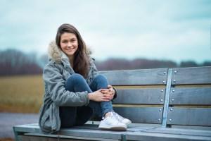 Portrait sur un banc