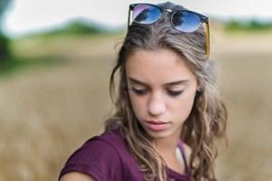 Portrait fille pensive