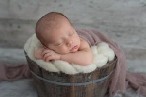 bébé endormit