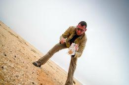 Collecte de sols dans le désert namibien