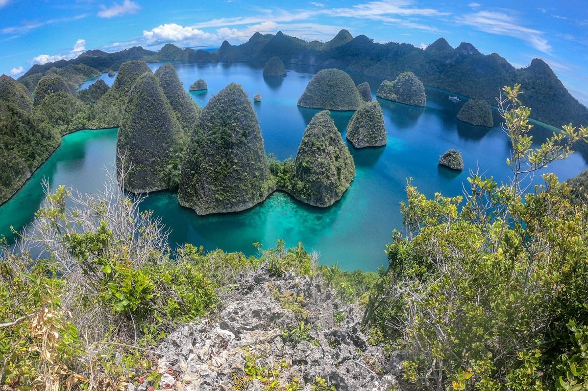 Indonesia, Raja Ampat: Wayag trek