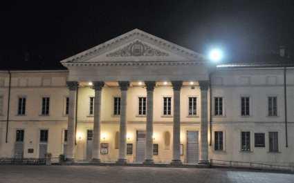C) Como-di-notte-Teatro-Sociale-960x600