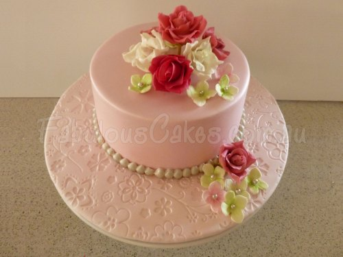 rose-flowers-icing-cake